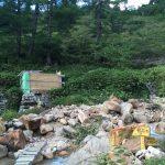 高天原山荘から約1km徒歩15分ほど、温泉沢に待望の高天原温泉が!!