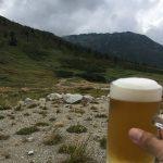 今回の山旅初の生ビール。スーパードライだけど許す。