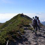 蓮華岳頂上付近、右端は富士山でーす!